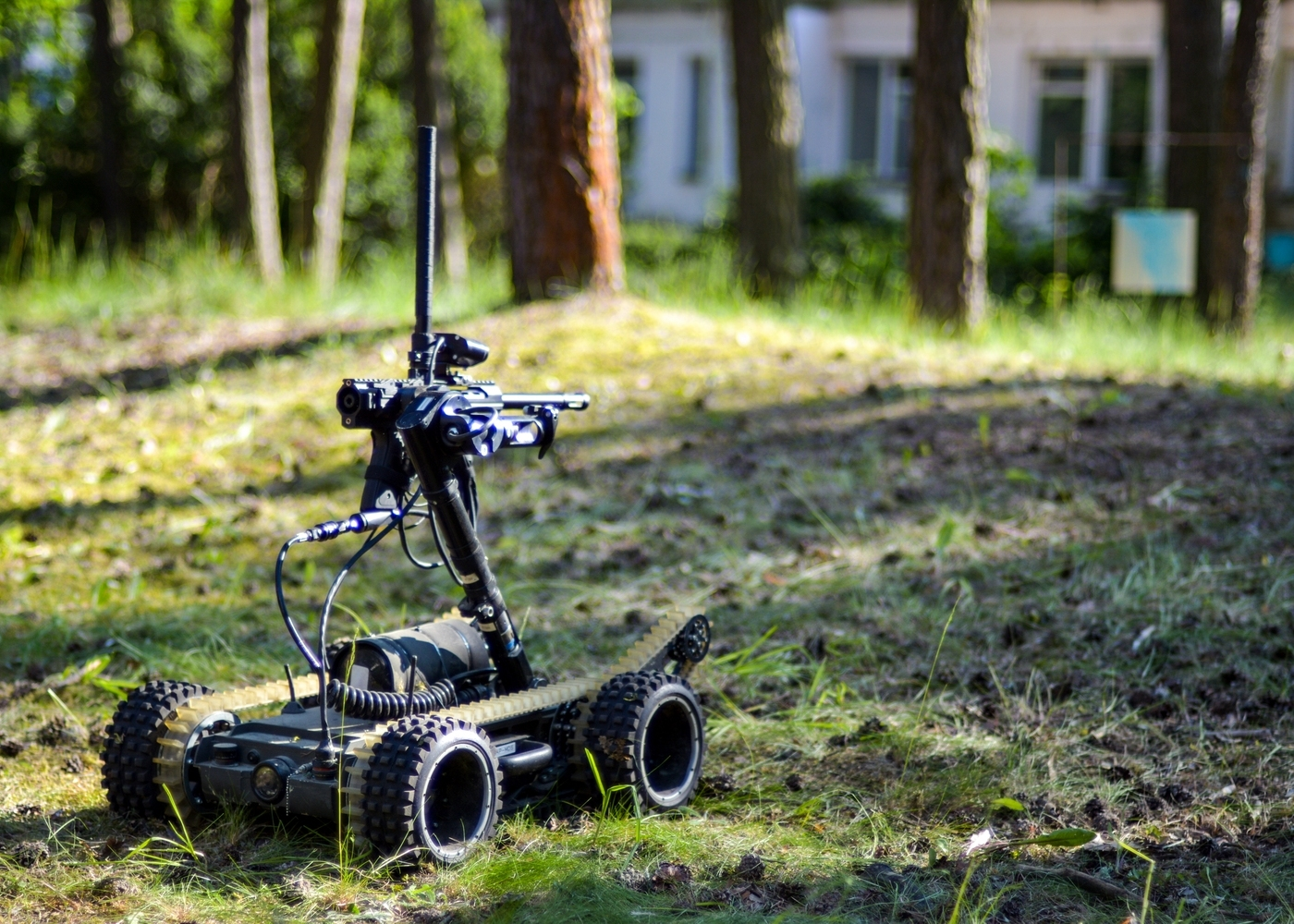 Paintball Shooting Competition using PIAP Scout robots (photo: PIAP)